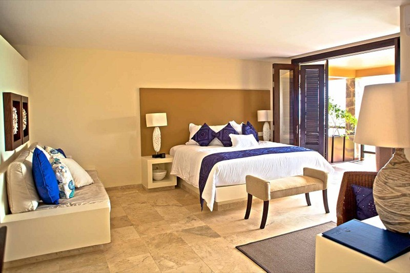 12 beautiful rooms...